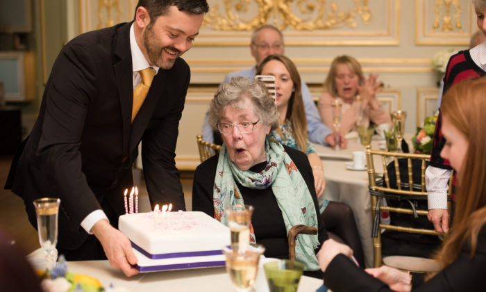 Birthday at Fetcham Park - Juliet mckee Photography-55